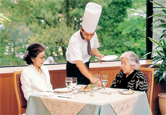 ご家族とも楽しめる本格料理