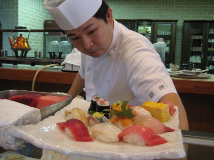 8月 寿司の美食倶楽部
