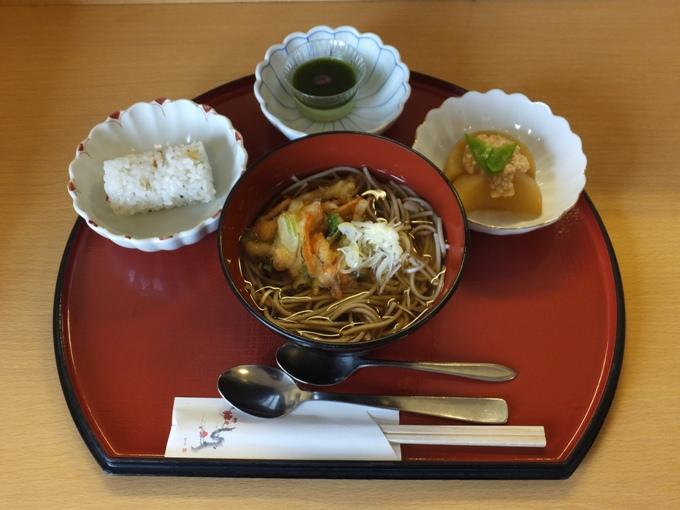 病棟内調理 天ぷら蕎麦